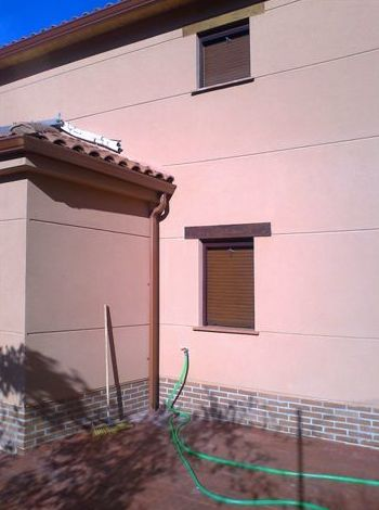 lateral vivienda monocapa