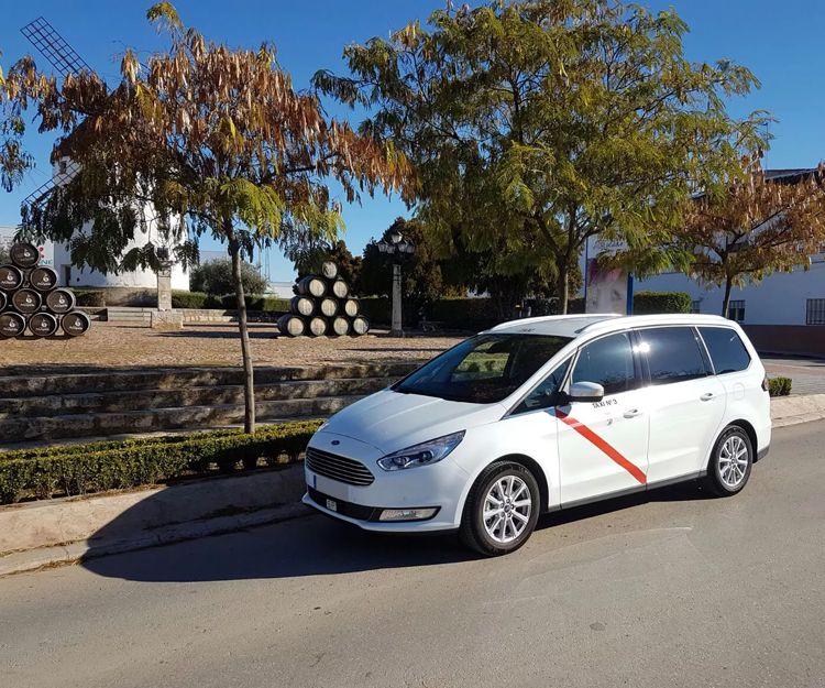 Servicio de taxi 24 horas en Valdepeñas