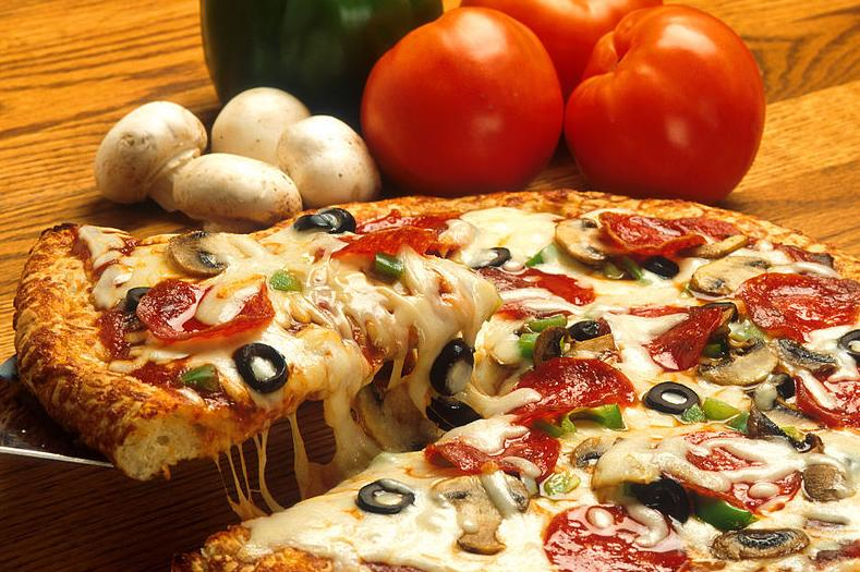 Otras Pizzas: Productos y Servicios   de El Rey del Pollo
