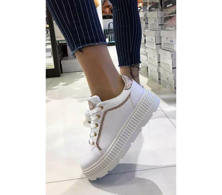 Las últimas tendencias en zapatillas en Mitos You Zaragoza