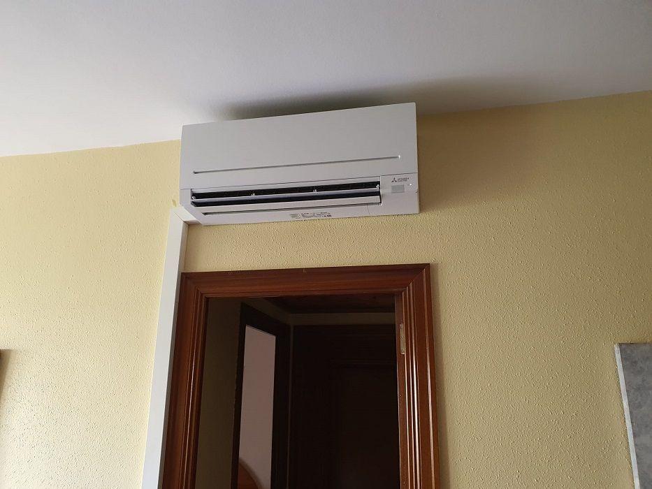 Reparación de aire acondicionado en barrio de Gracia, Barcelona
