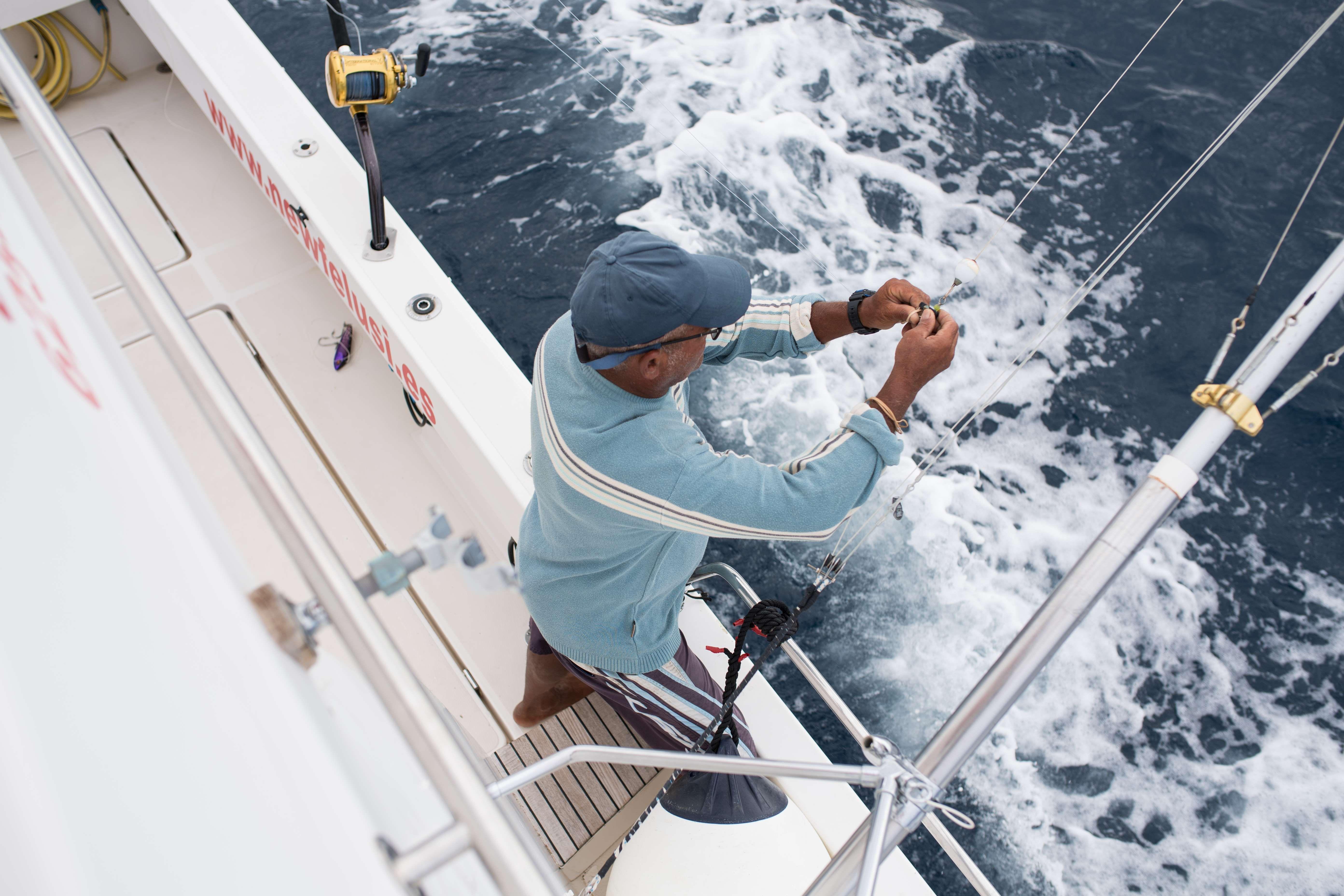 Alquiler de barco para pesca deportiva en Gran Canaria