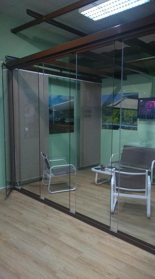 Cortina de Cristal de nuestra exposición