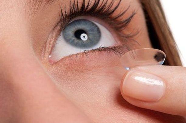 Adaptación  de lentes de contacto monofocales y progresivas en Tenerife