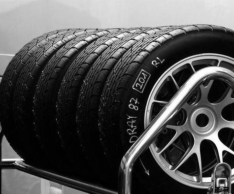 Neumáticos: Servicios de Servigal
