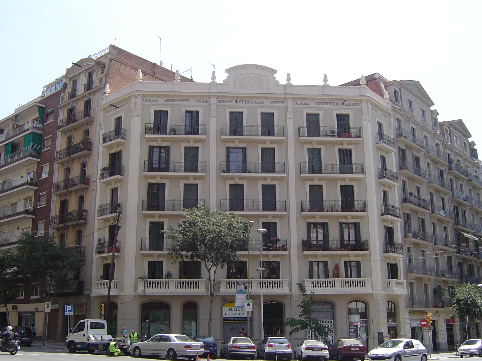 OBRA REALIZADA: C/. ROSELLÓN, 320 BARCELONA