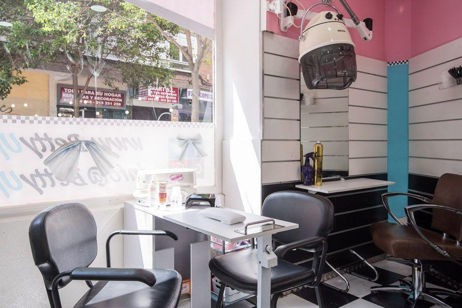 Peluquería y manicura en Madrid