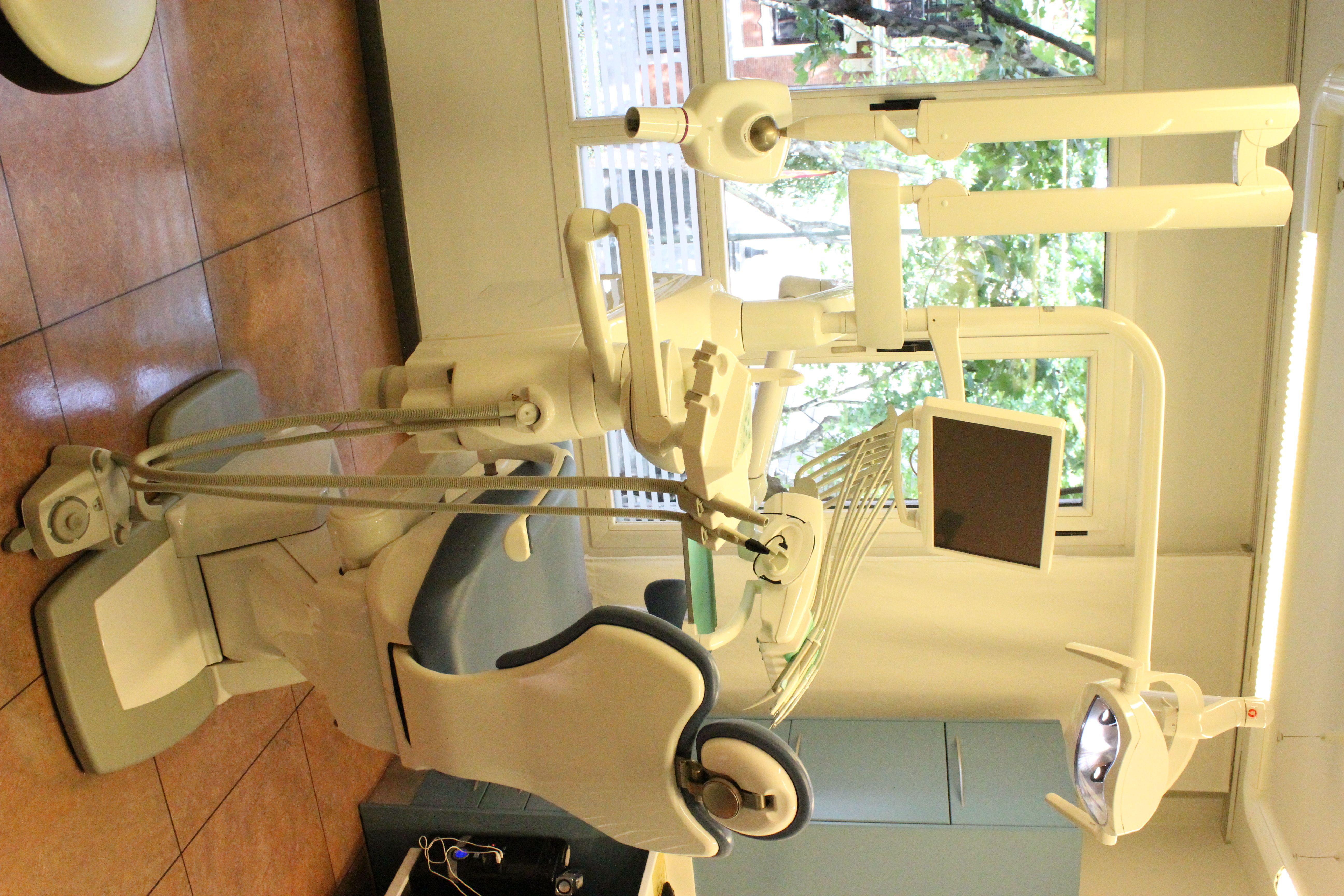 Foto 9 de Dentistas en Madrid   Clínica Dental Dr. Bassanini