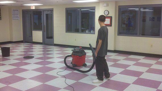 Limpieza de centros: Productos y servicios de Macool Limpiezas, S.L.