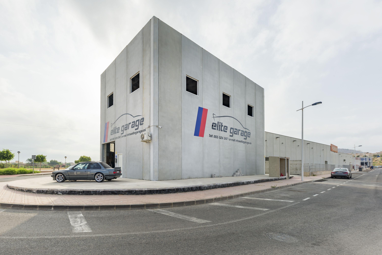 Edificio Elite Garage