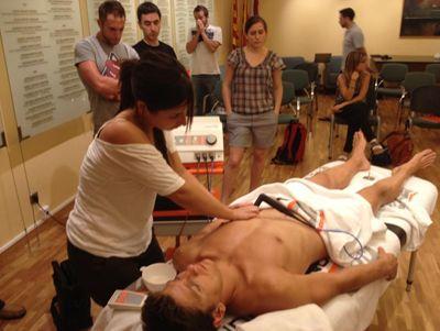 Foto 1 de Fisioterapia en Cerdanyola del Vallès | Activa't