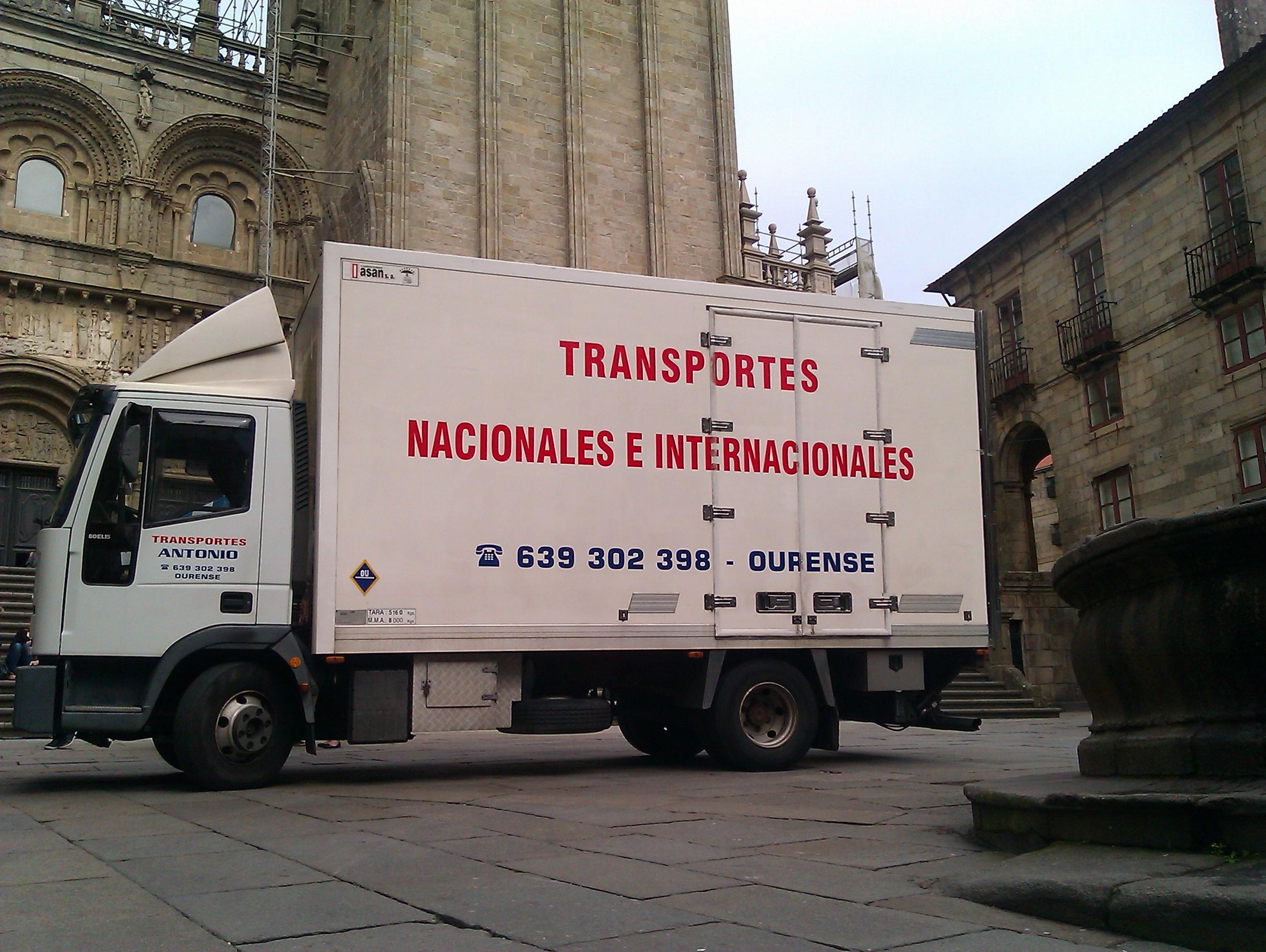 Foto 9 de Mudanzas y guardamuebles en Ourense | Transportes y Mudanzas Antonio