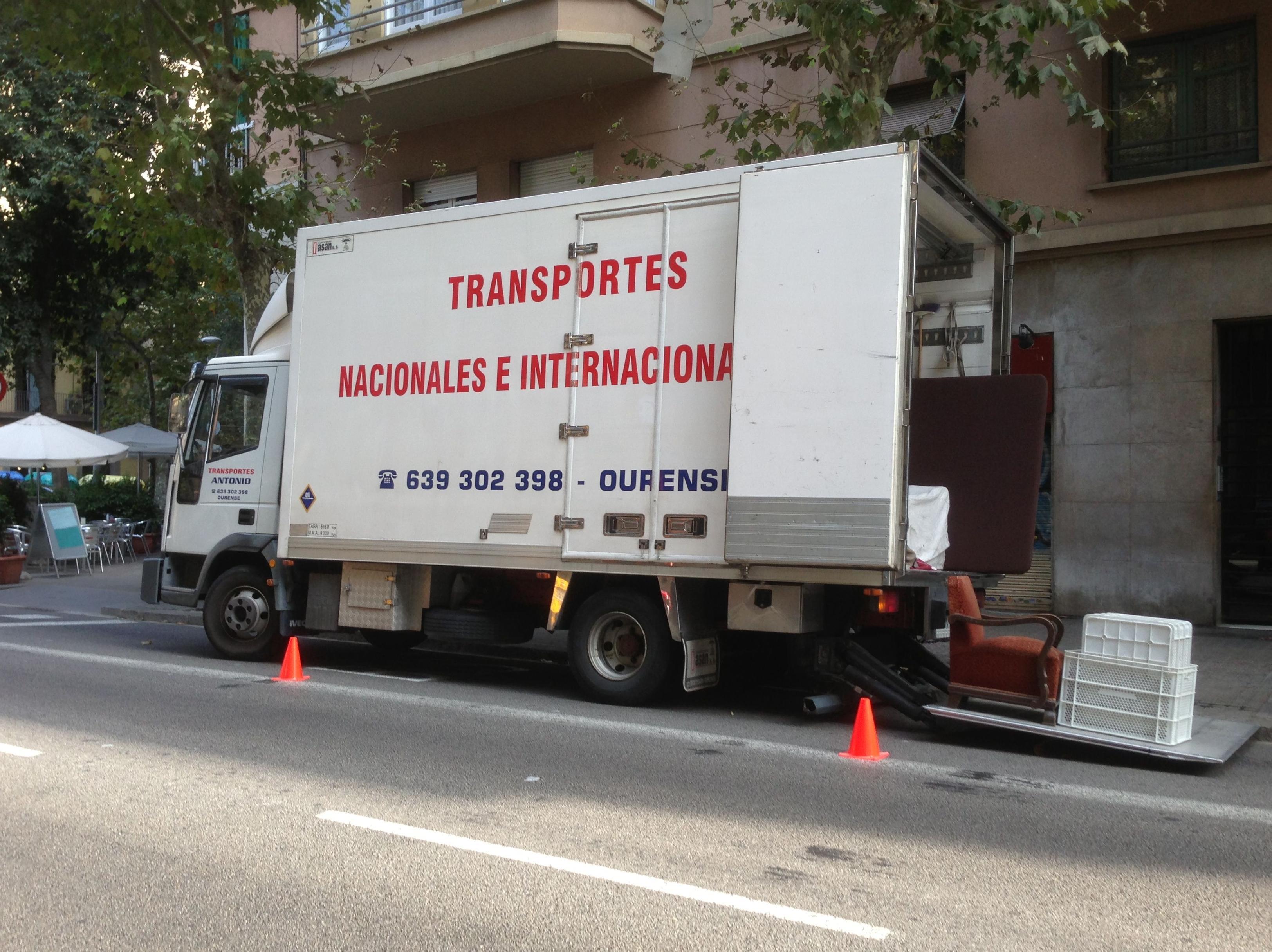 Foto 11 de Mudanzas y guardamuebles en Ourense | Transportes y Mudanzas Antonio