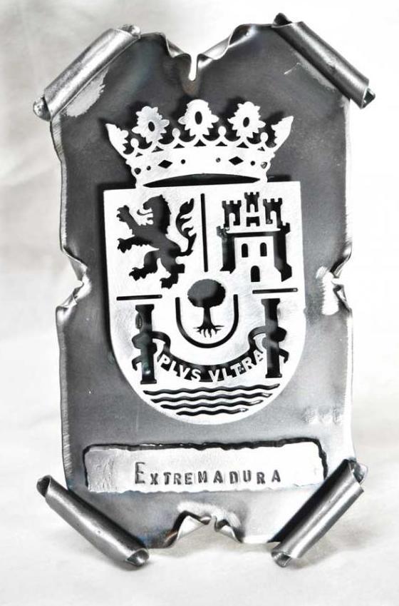 Pergamino de forja escudo extremadura ref.12023