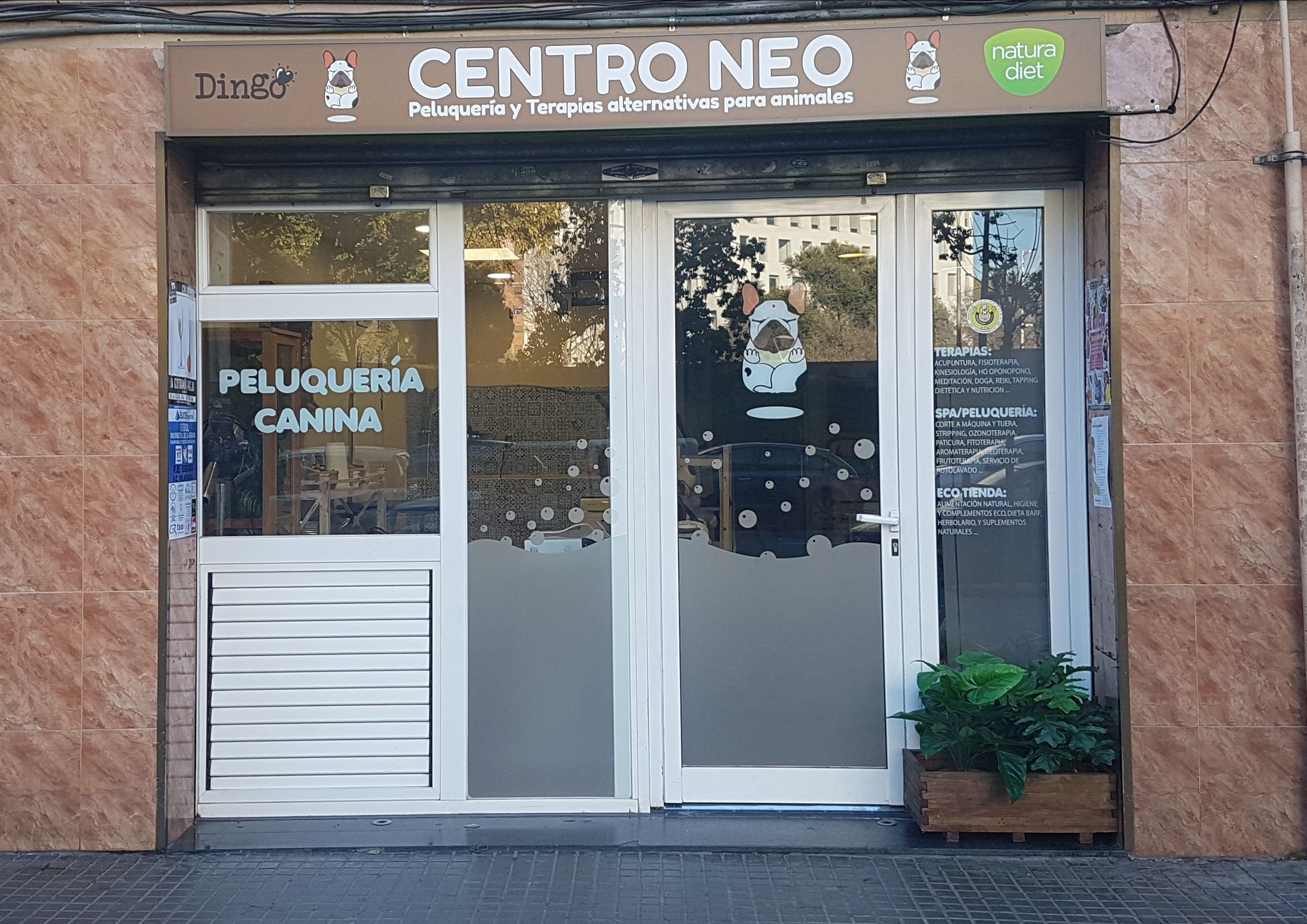 Foto 2 de Peluquerías caninas en  | Centro Neo