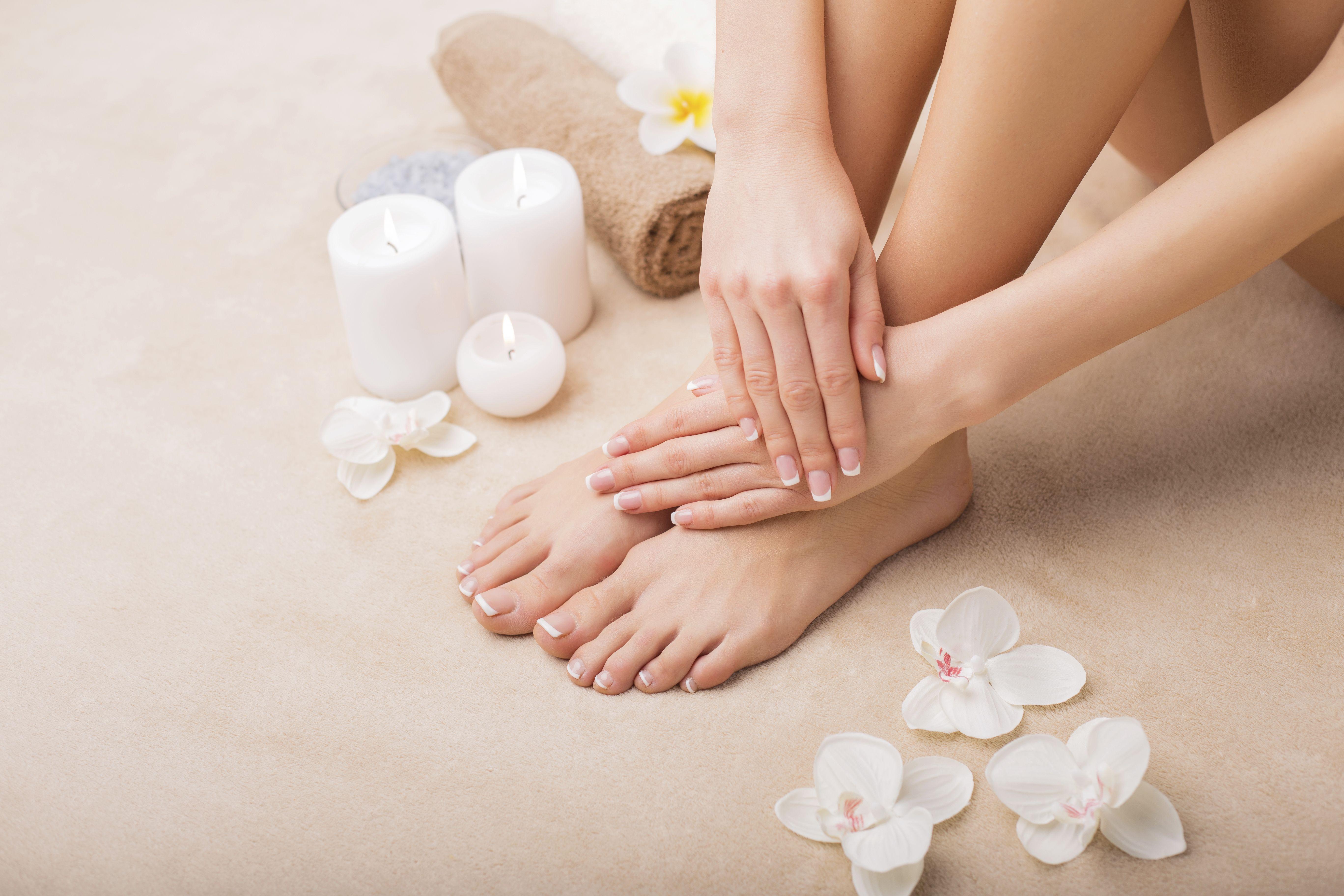 Belleza de pies: Servicios de Das Beauty