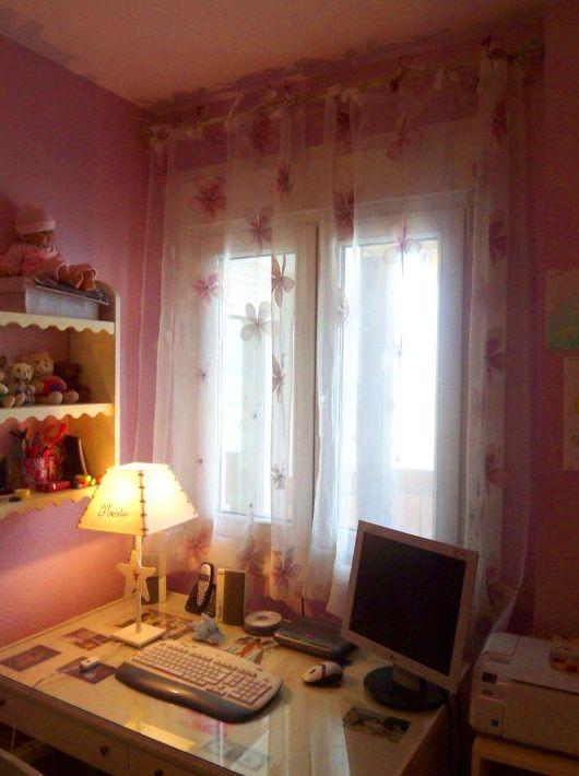 Espacio de trabajo en el dormitorio