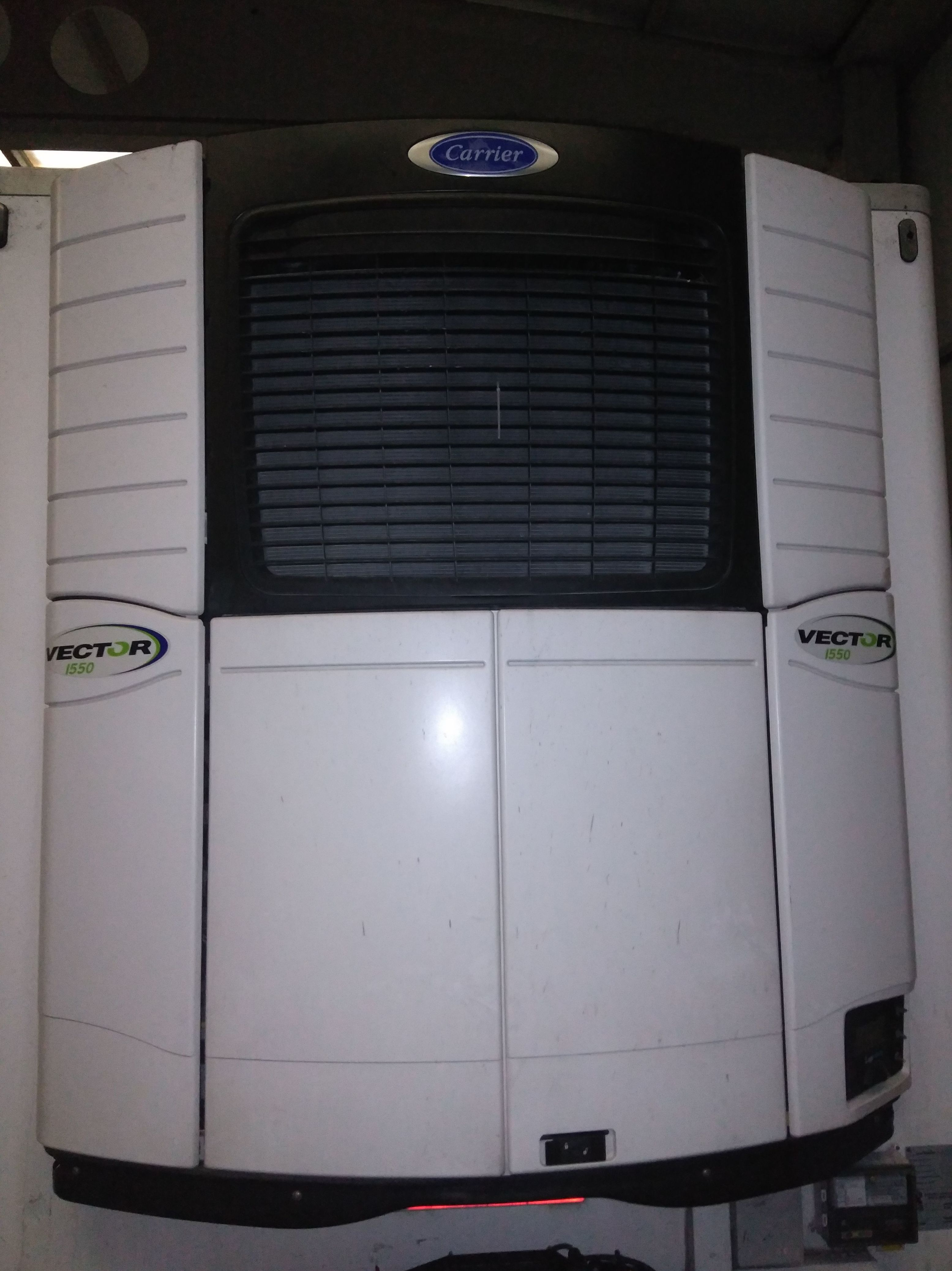 Foto 2 de Taller mecánico de camiones frigorificos en Vitoria | Talleres Díez-Ochoa