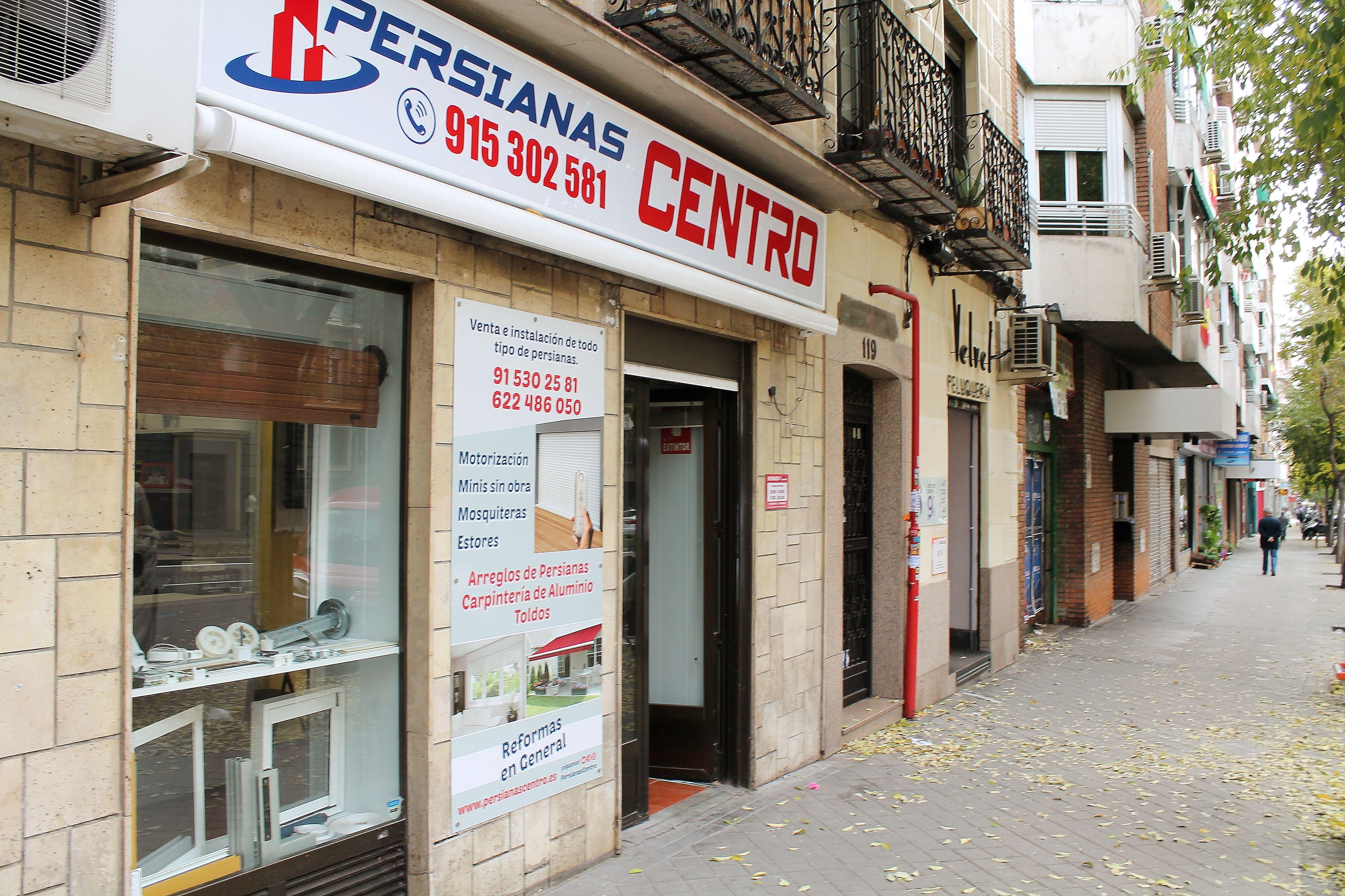 Arreglo de persianas en Embajadores, Madrid