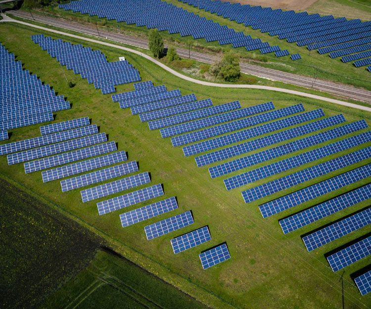 Expertos en energía fotovoltáica solar de origen renovable en Madrid