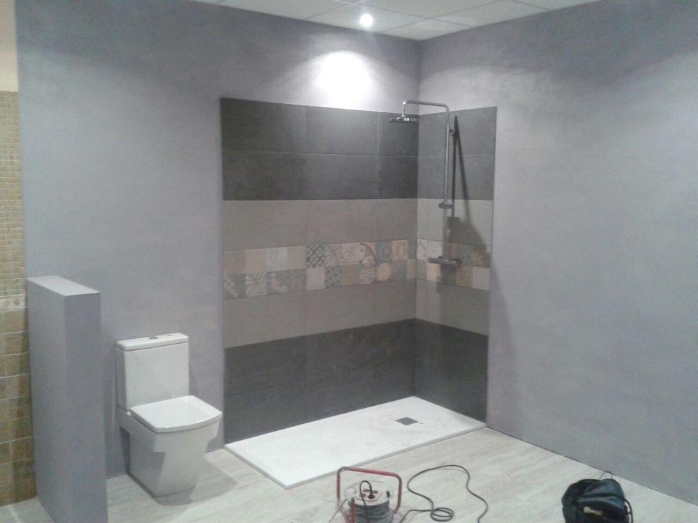 Instalación de platos de ducha en Zestoa