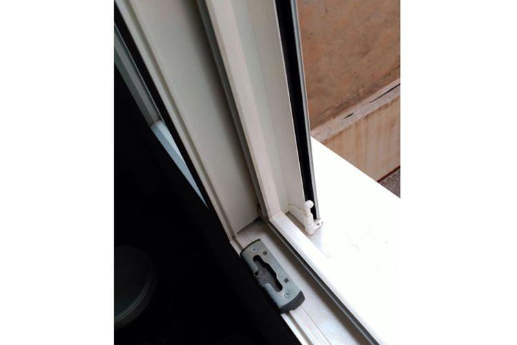 Detalle de ventana de aluminio
