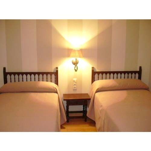 Habitaciones: Instalaciones y Servicios de Hotel Cariñena