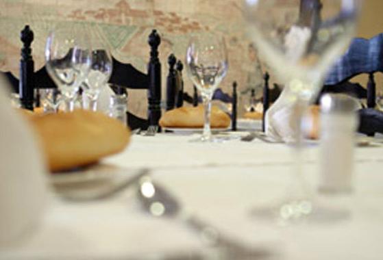 Detalle de mesa de restaurante