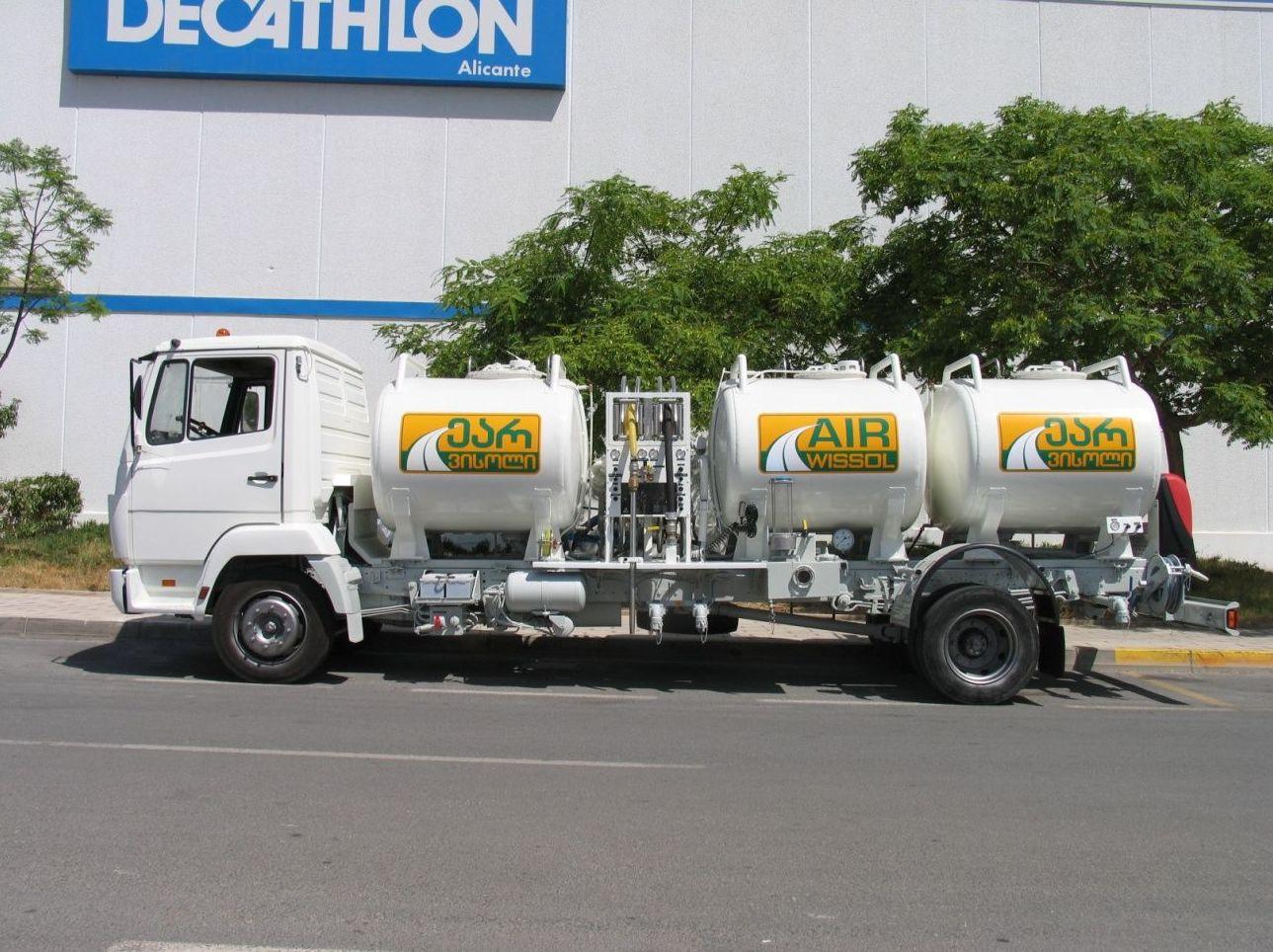 Cisternas para repostaje de la aviación
