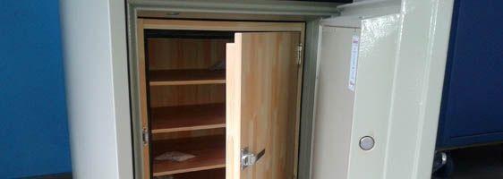 Instalación y apertura de cajas fuertes: Servicios de Cerrajeros Osca Hnos. Justo