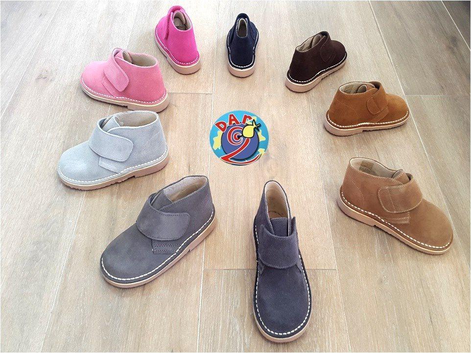 Tienda de zapatos infantiles en Illueca