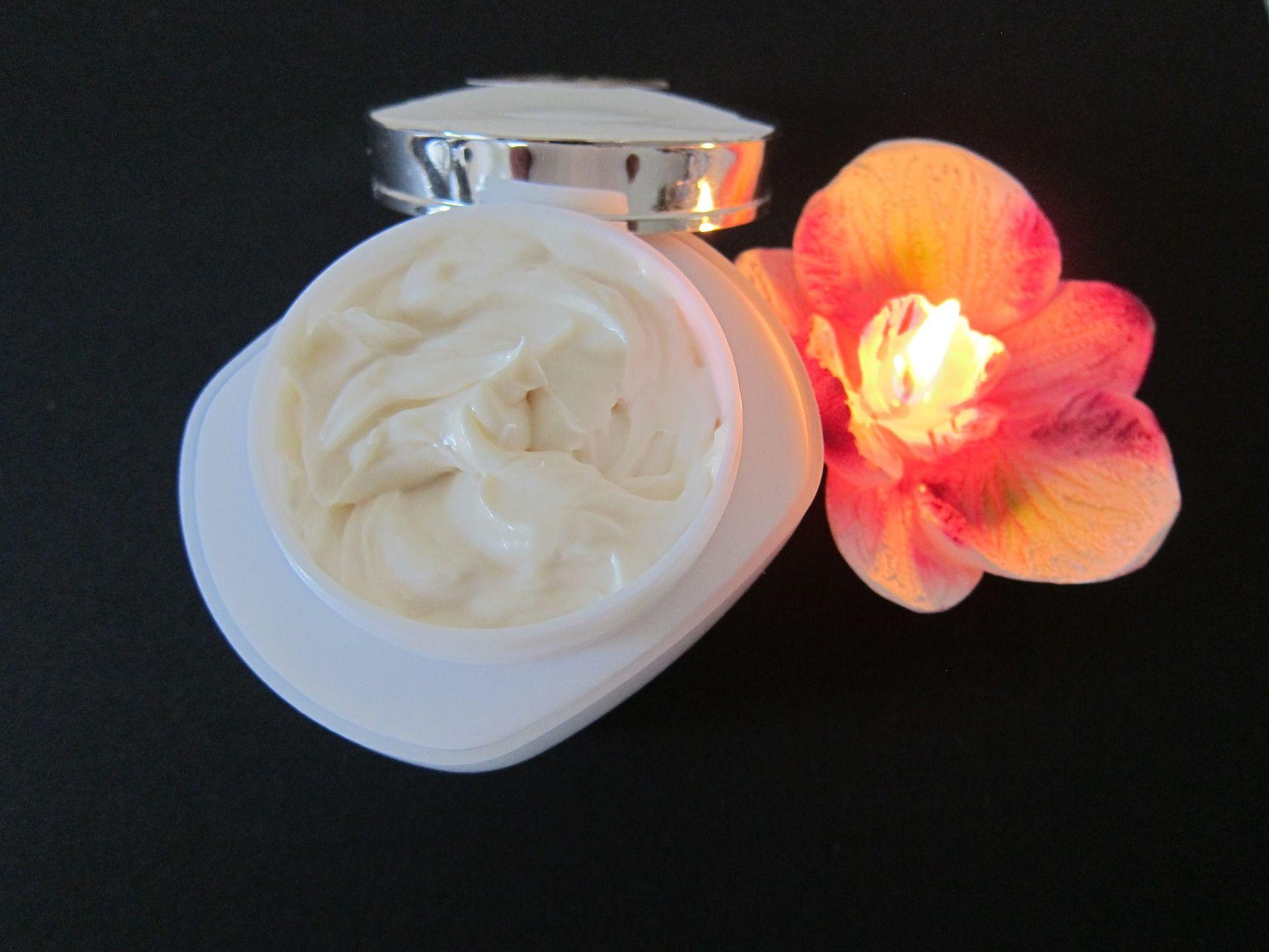 Venta de cremas para el cuidado de la piel