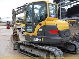 Volvo ECR 88: Trabajos y Maquinaria de Excavaciones Pedro de Paz