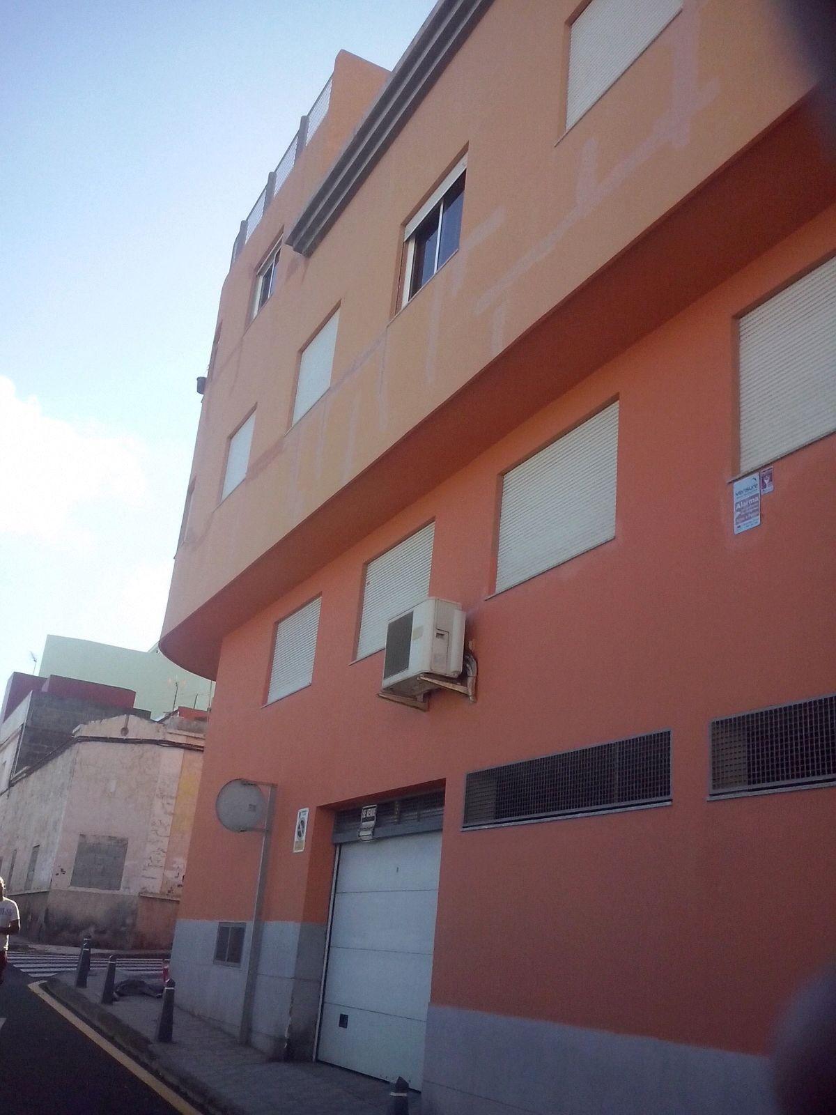 Rehabilitación y pintura de fachadas en Tenerife