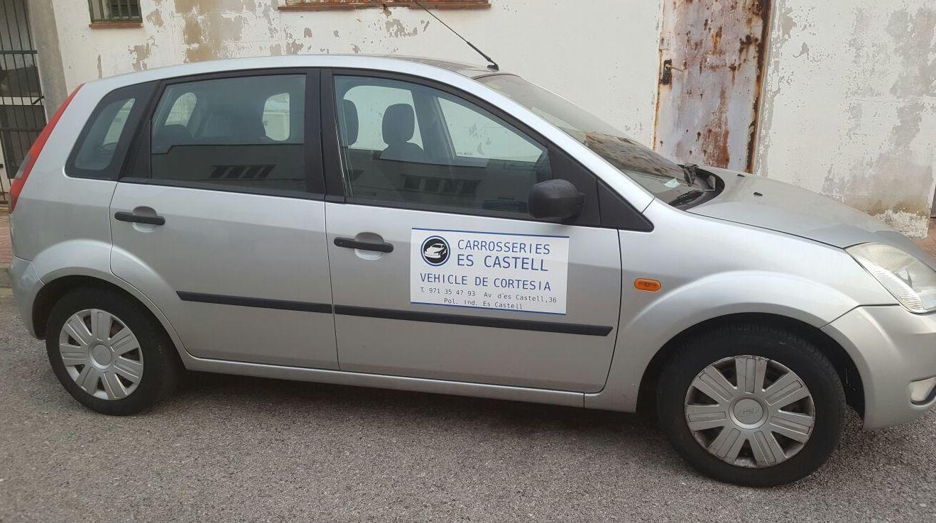 Coche de cortesia: Mecánica del automóvil de Carrosseries es Castell