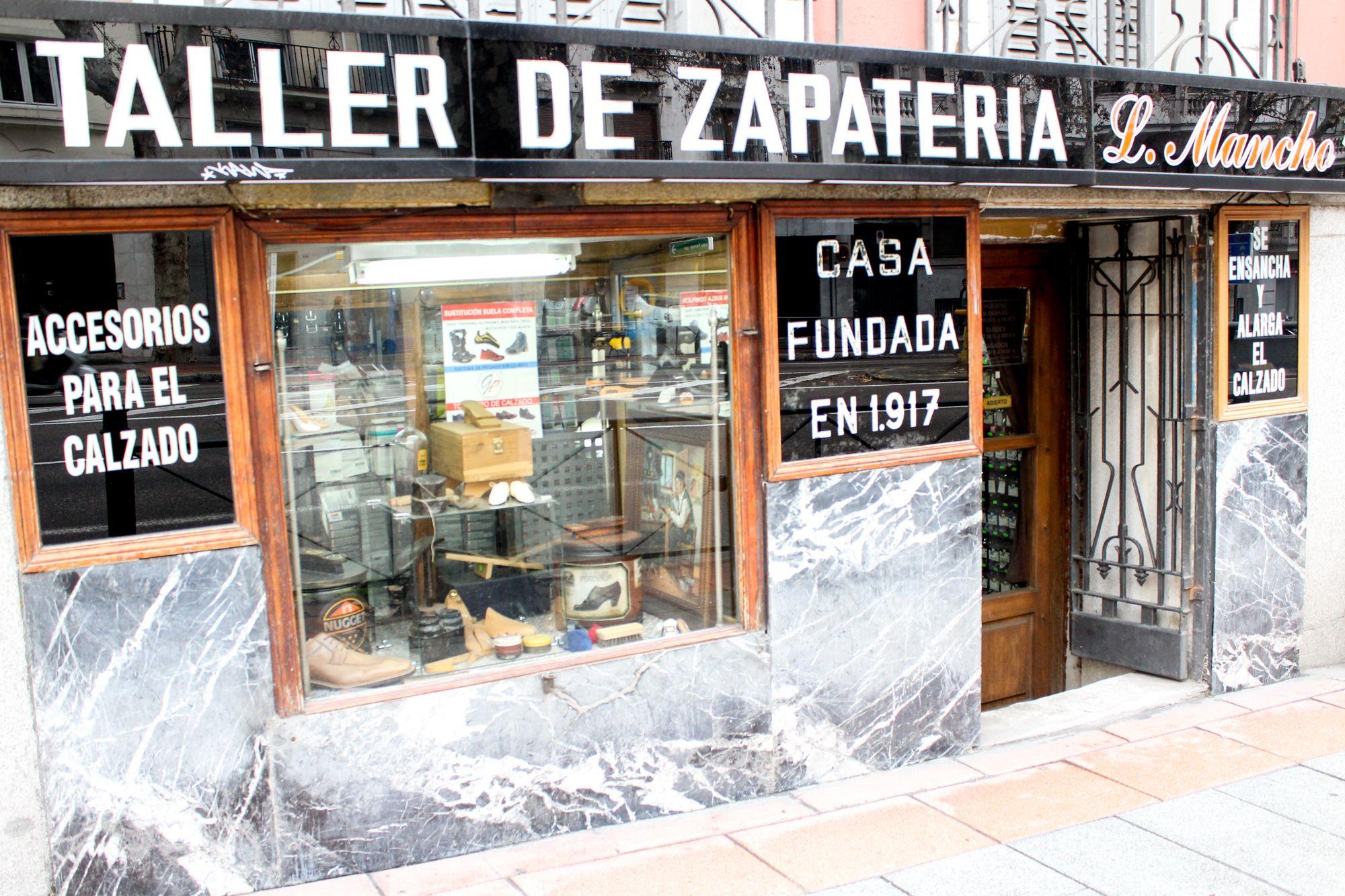 Foto 13 de Zapaterías en Madrid   Taller Artesanal de Zapatería Luis Mancho