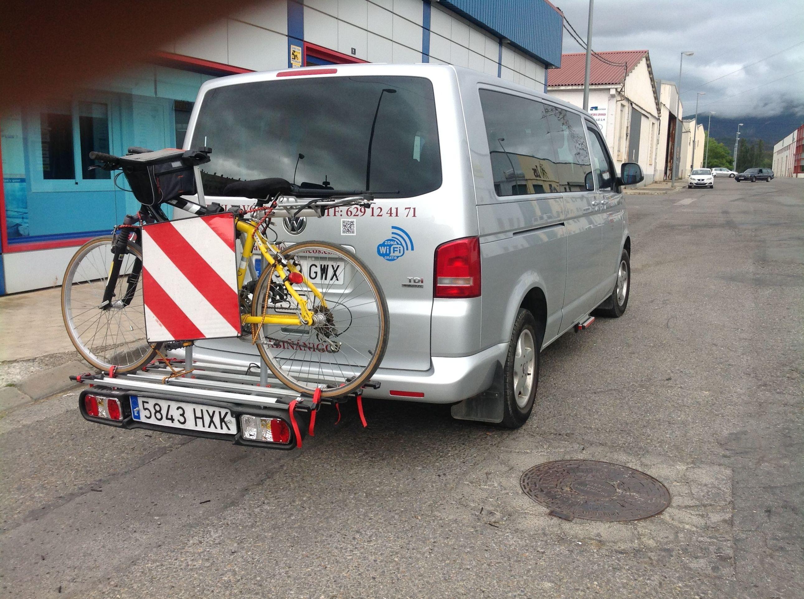Foto 5 de Taxis en Sabiñánigo | Taxi Antonio Pavón