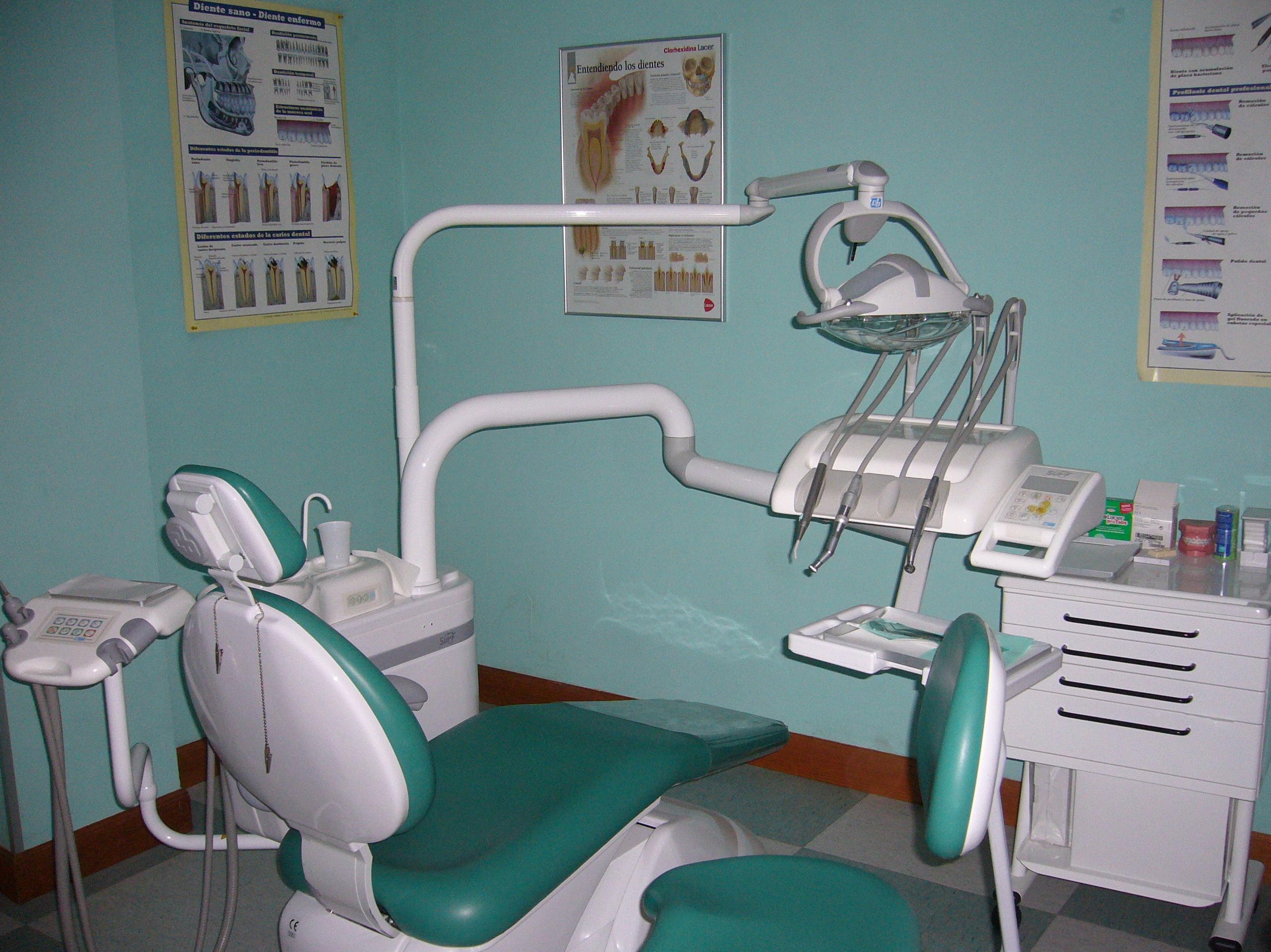 Foto 10 de Dentistas en Villabona | Clínica Dental Erniobea