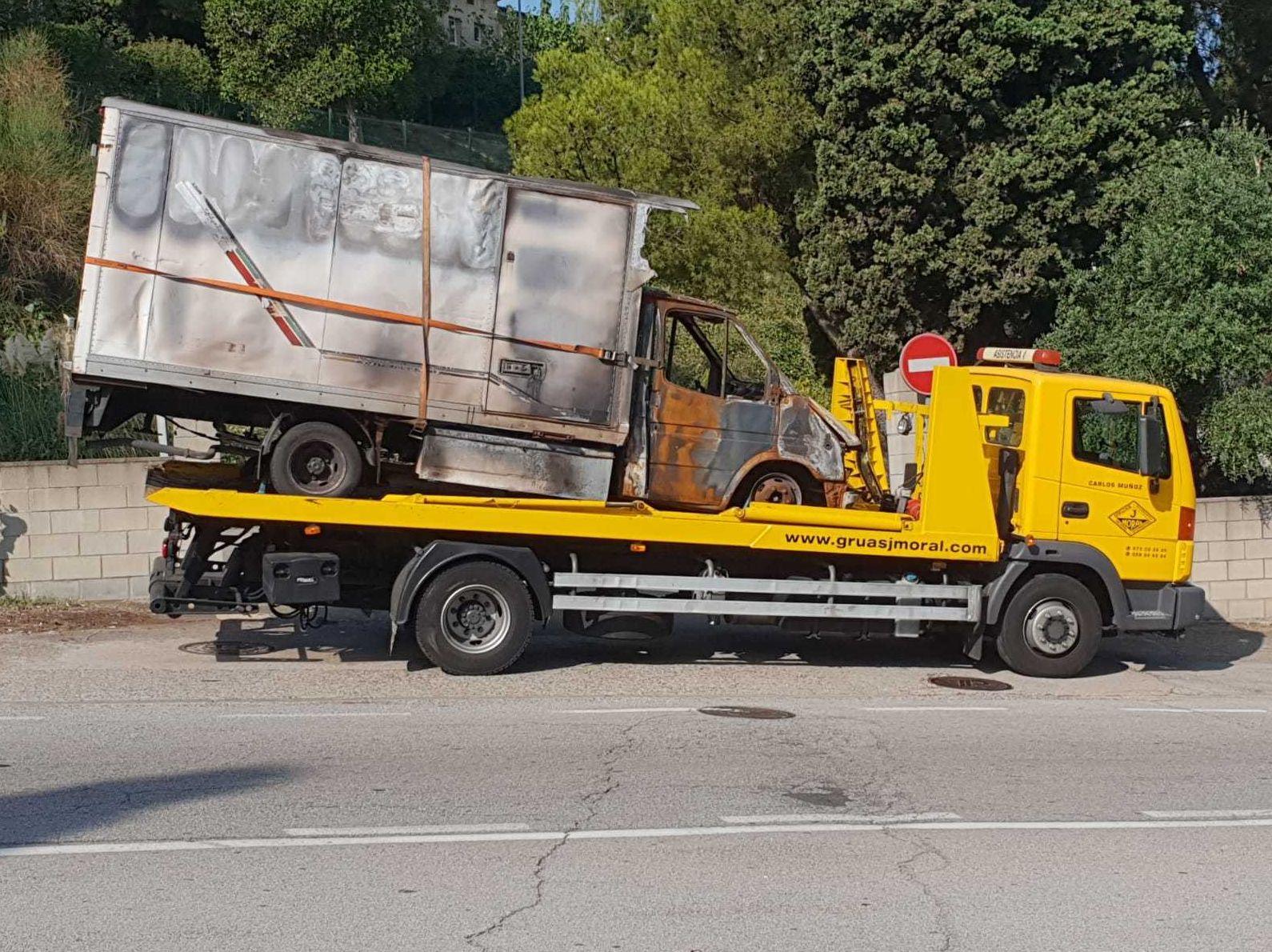 Grúas camiones Hospitalet