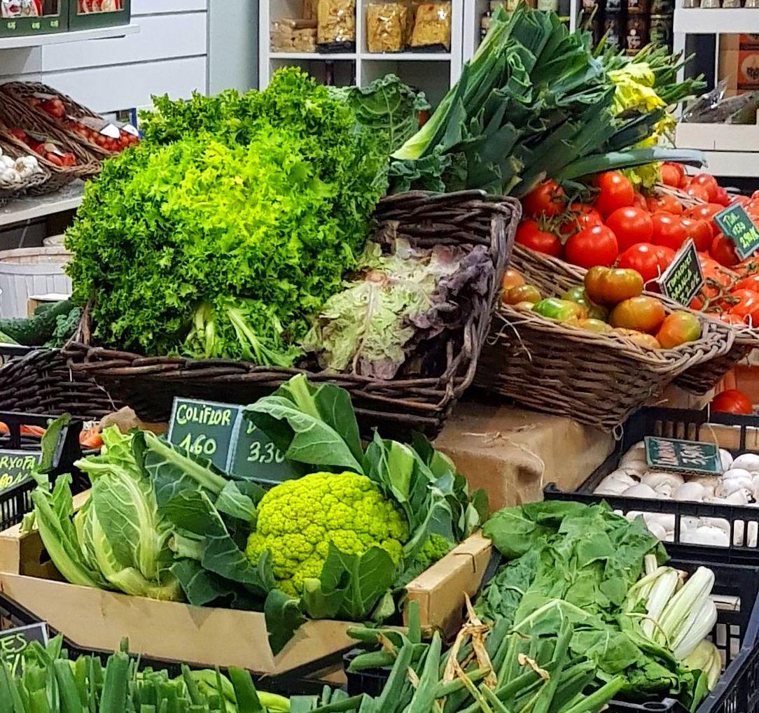 Frutas y Verduras Directas del Huerto A tu Casa: Productos de Nuestra Tierra de Gust i Colors