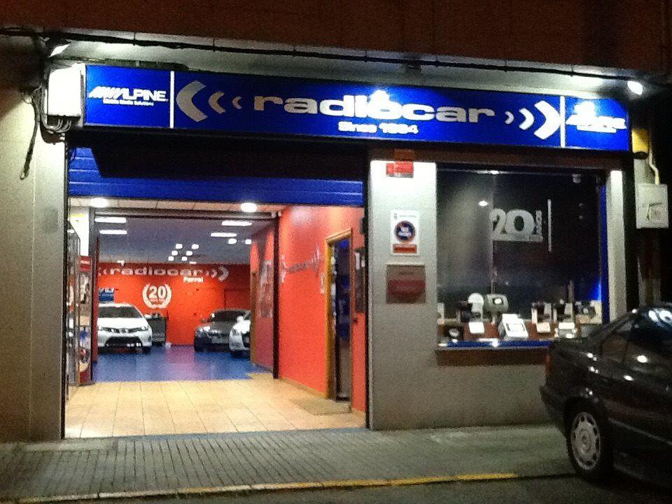 Sistemas multimedia para coches Ferrol