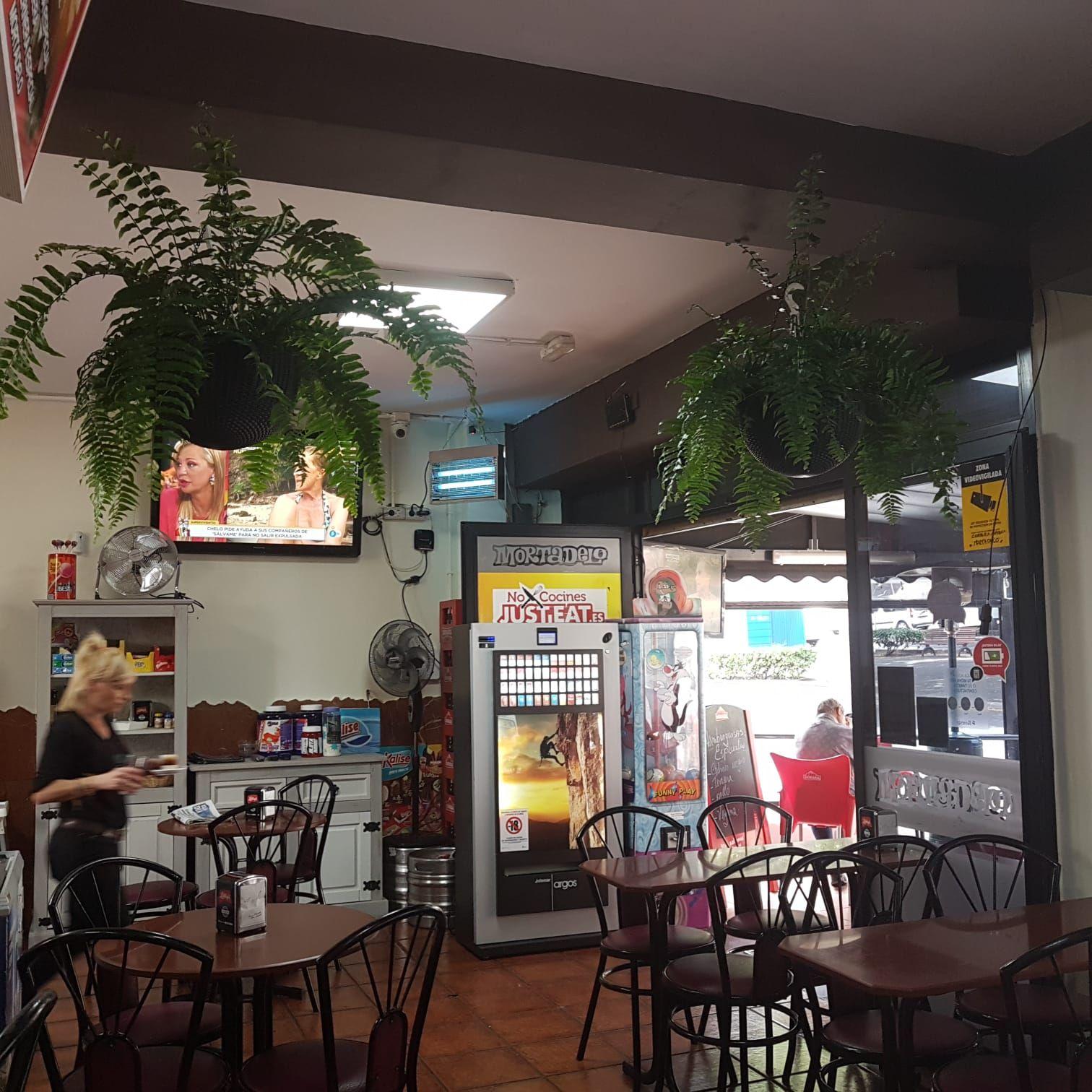Foto 12 de Churrería  en  | Cafetería  Mortadelo