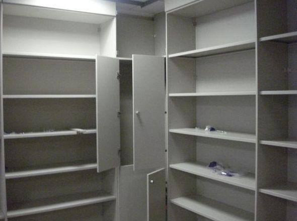 Empresa especializada en armarios para oficina de aluminio en Valencia