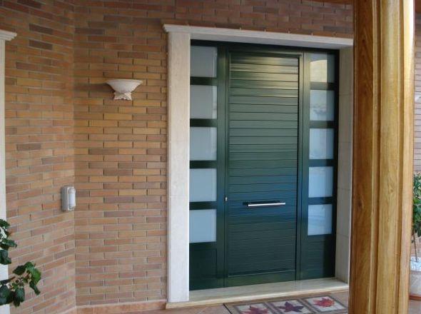 Instalación de puertas de aluminio exteriores en Valencia