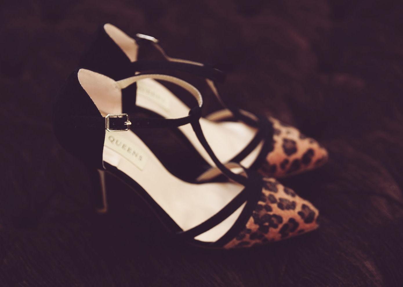 Zapatos y complementos de mujer