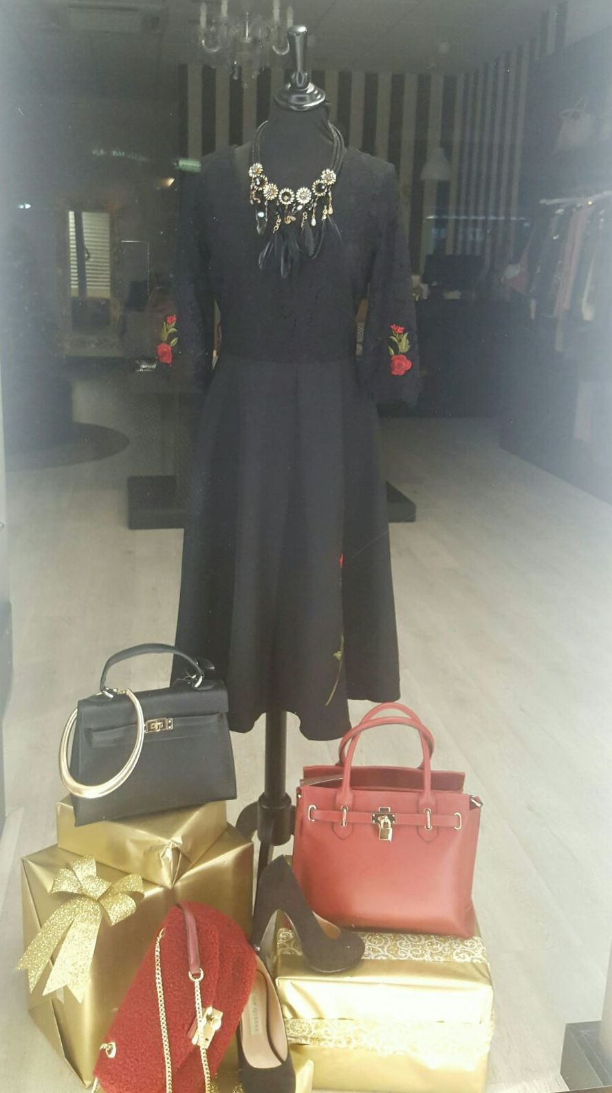 Top Queens Vecindario, tienda de ropa de mujer en Vecindario