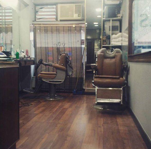 Tratamientos capilares: Servicios de Poe Barber Show