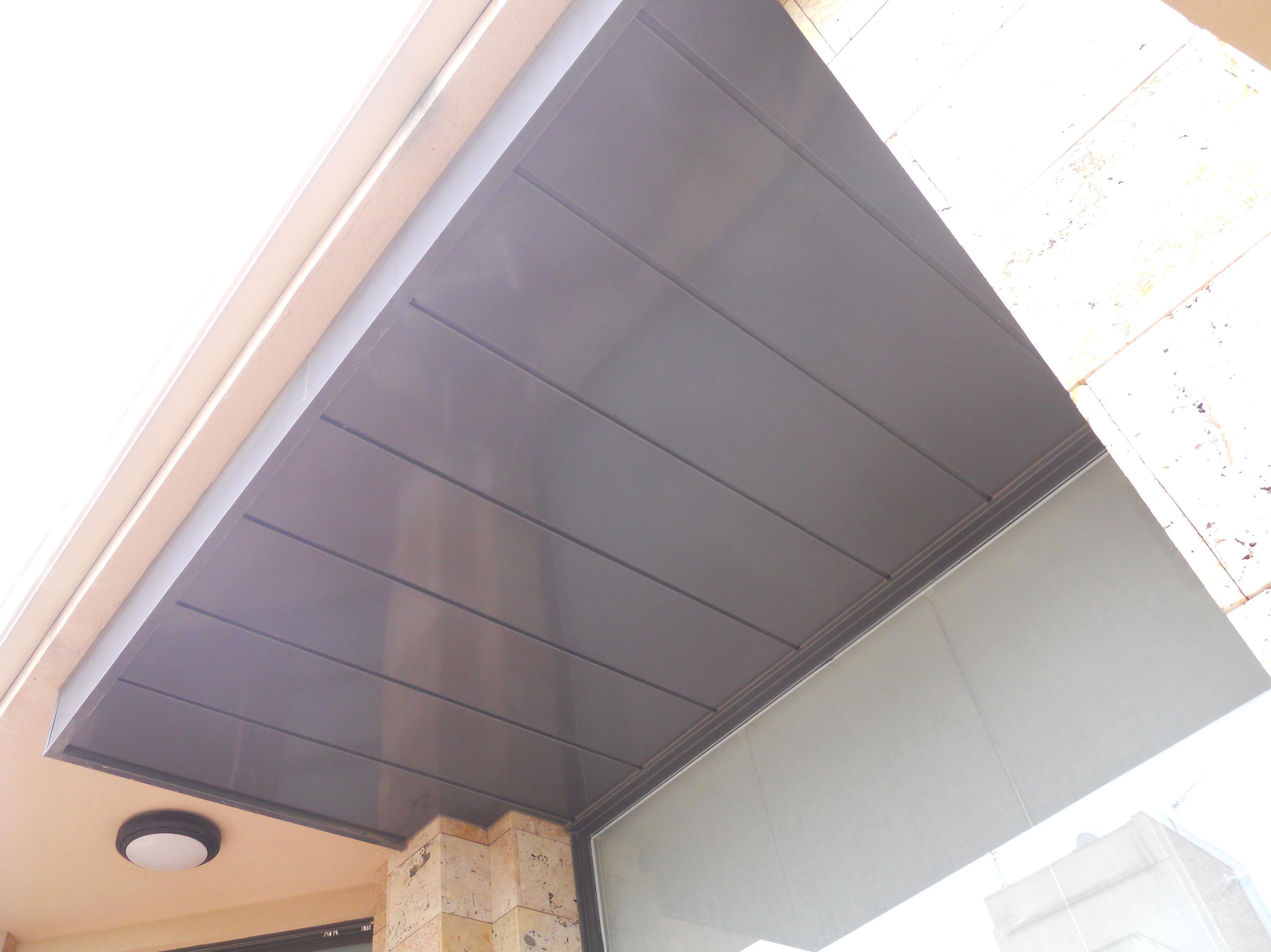 Falso techo de aluminio