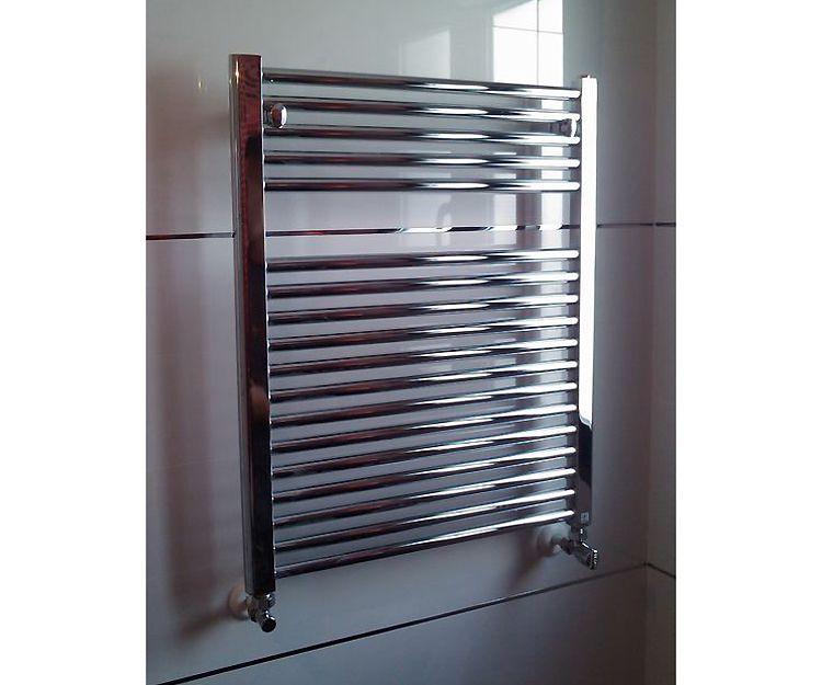 Montaje de radiadores toalleros para baños en Albacete