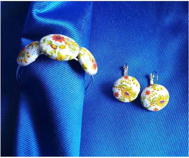 Juego de pendientes y pulsera en tela de algodón estampado en alegres tonos amarillos y naranjas